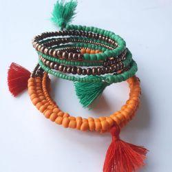 Bracelet de perles de pierre.