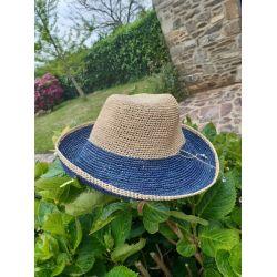 Chapeau en crochet avec rebord